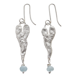 JR7AQ Melted heart earrings with aquamarine